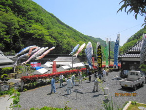 鯉のぼり&テント (1)